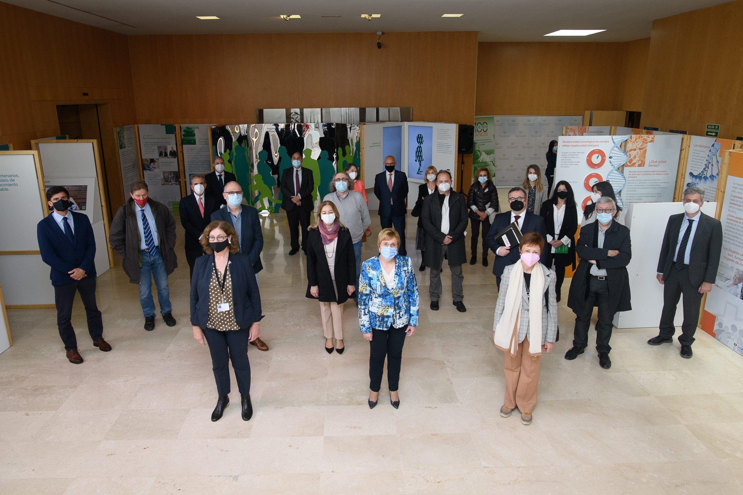 Inauguración exposición 'A vivir que son 100 años' FGCSIC CIPF